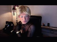 charlenebh is online