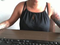 gabrielle1 is online